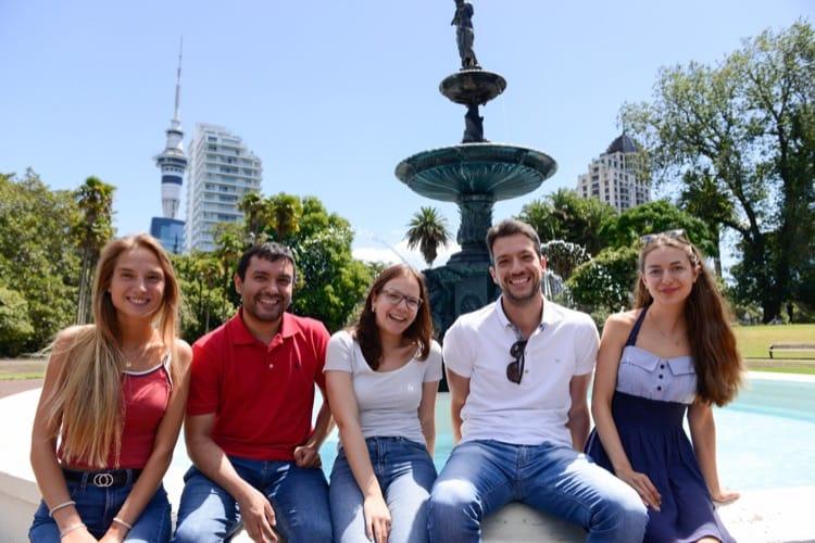 Udělejte si přátele s mezinárodními přáteli v Aucklandu na Novém Zélandu