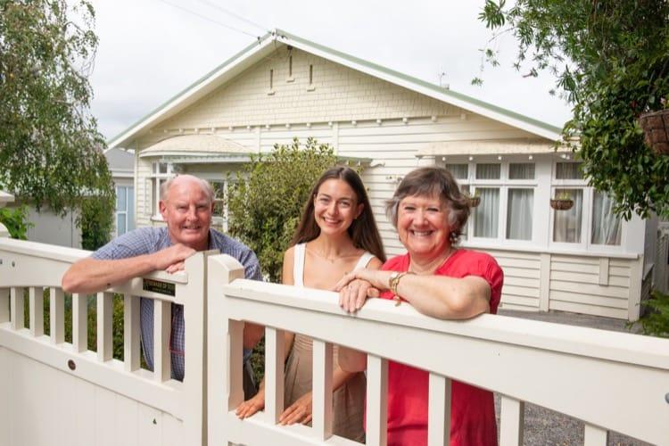 Auckland Yeni Zelanda'da aile yanında aile ile birlikte yaşamak