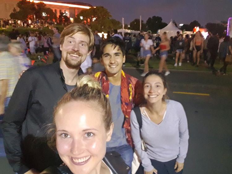 mit Freunden in Auckland