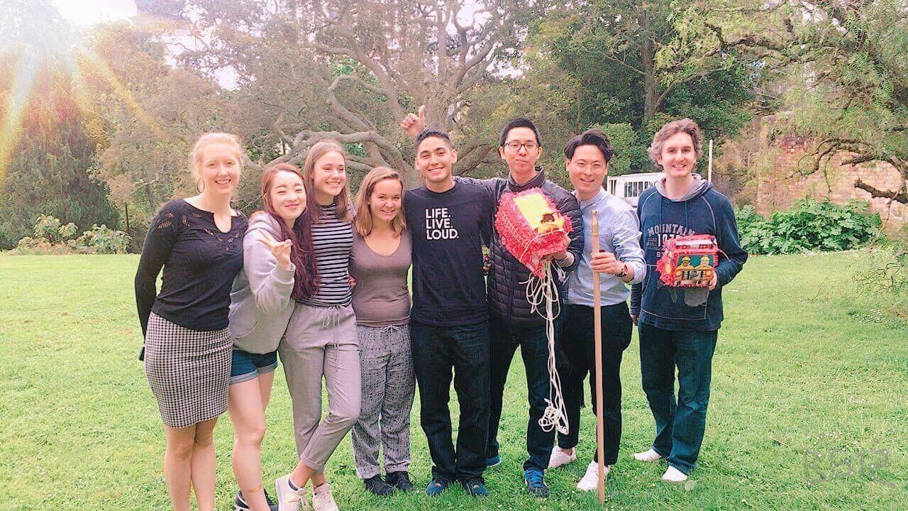 Aprender inglés en Nueva Zelanda con amigos internacionales
